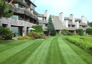 Landscape Management for Condominiums/HOAs - Greener Horizon Landscape Management & Construction, Middleboro, MA